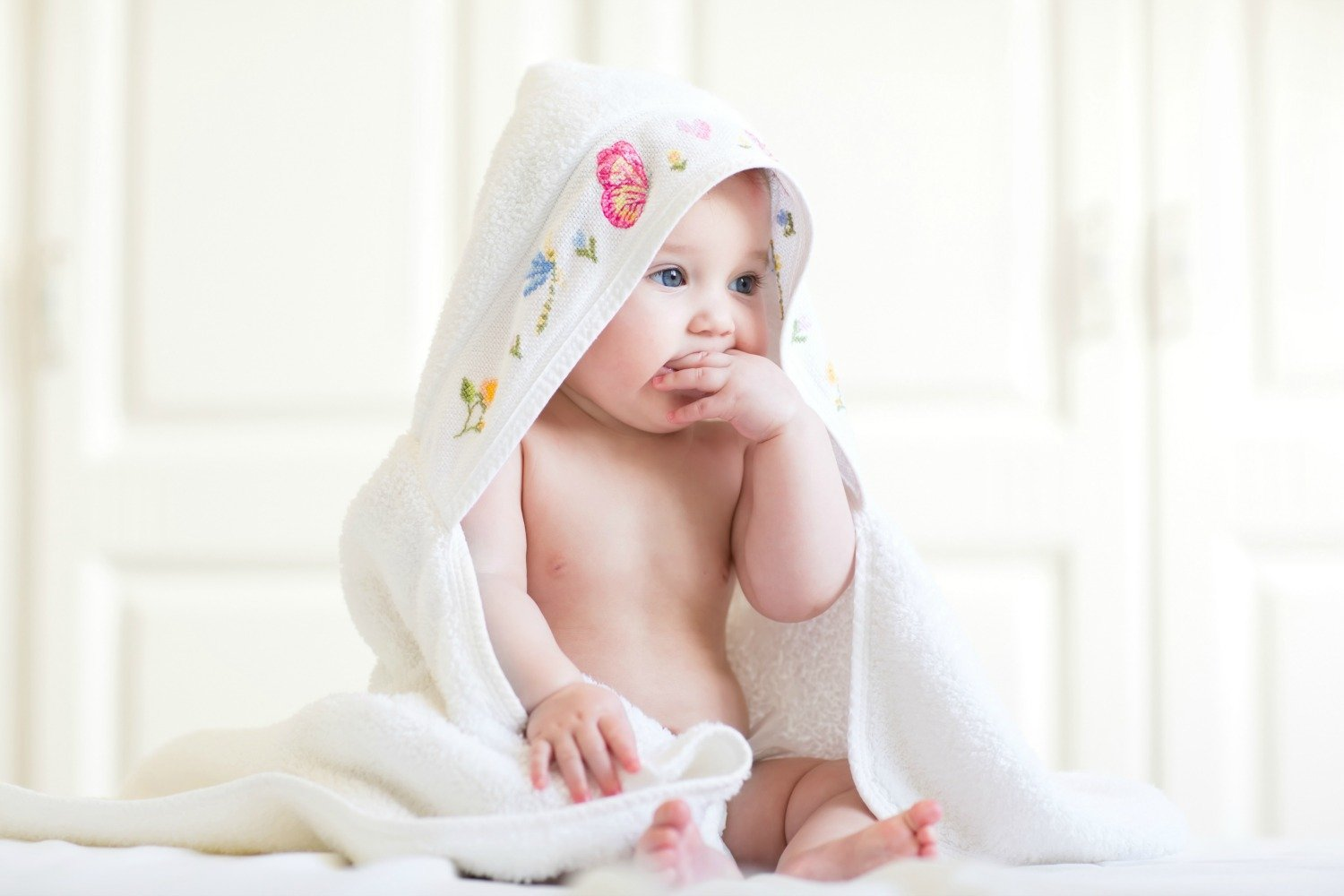 baby wearing a hooded towel - Good Little Sleeperzzz